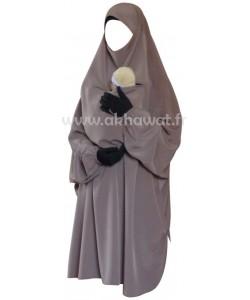 Demi-jilbab maternité