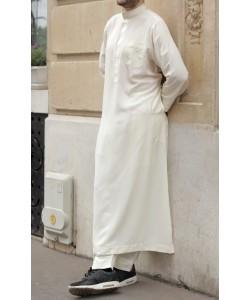 Qamis Qatary brodé - Peau de pêche - Avec pantalon