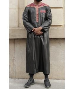 "Qamis Omani ""Satin like"" - With pants - Short sleeves"